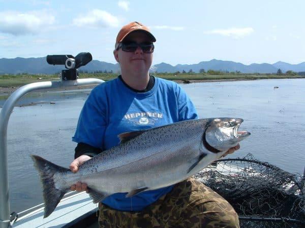 spring chinook Oregon fishing season