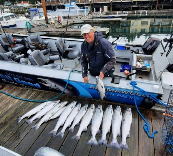 A 13 coho day with Pro Guide Bob Rees at Buoy 10 on September 29th 2021 - Oregon Fishing Report